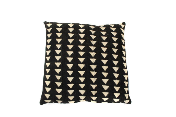 Black Triangle Mud Cloth (18 x 18)