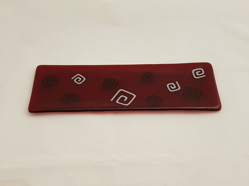 Shallow Rectangular Plate - 105 - Pinwheels - Red Inky Snow