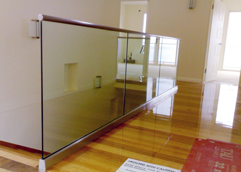 #4 Balustrade Frameless Glass & Aluminium
