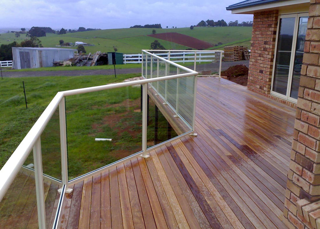 #3 Balustrades Fully Framed Glass & Aluminium