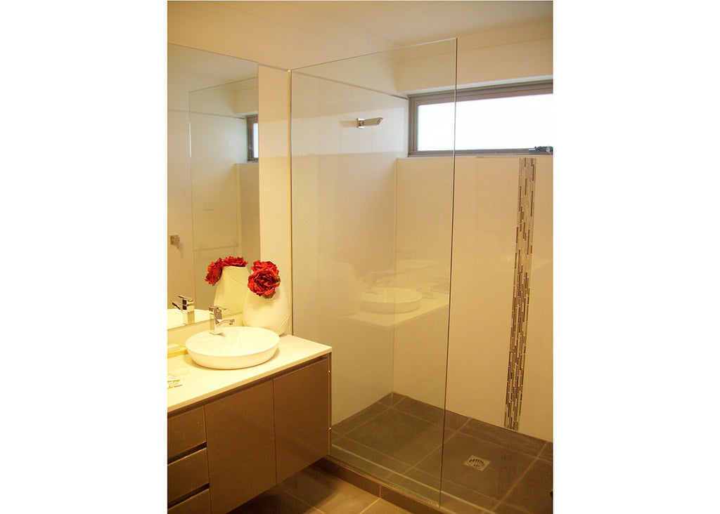 #4 Showerscreens Frameless Channel Glazed