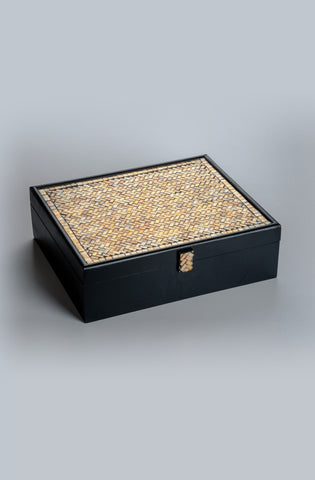 Montagé Golden Rakhi Gift Box - Highline - Upahara - 2