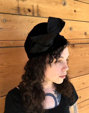 Vintage 1940's Black Velvet Hat with Wide Ribbon Detail