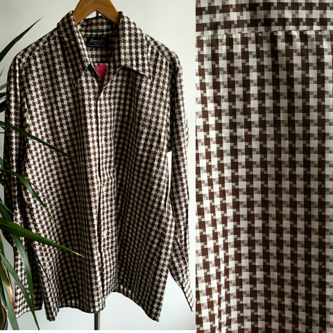 L - Vintage 1960's Brown Houndstooth Long Sleeve Button Down