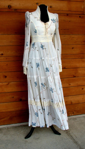 M - Vintage 1970's Cream Floral Gunne Sax Dress