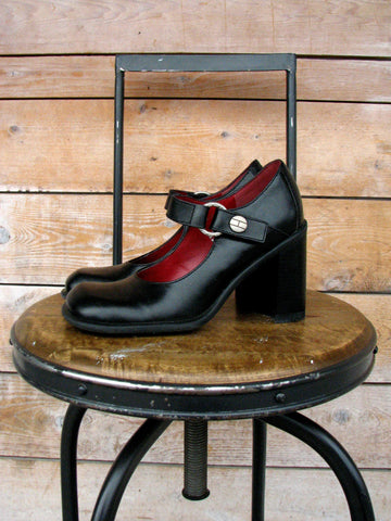 6M - Vintage 1990's Tommy Hilfiger Chunky Black Mary Jane Pumps