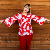 vintage 70s red and white bell sleeve top, sleeve detail