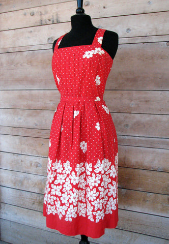 L - Vintage 1950's Red and White Hawaiian Print Sleeveless Dress