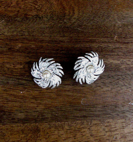 Vintage 1960's Silver and Faux Pearl Starburst Clip On Earrings