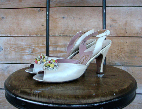 Vintage 1950's Martinique Slingback Pumps (7.5N)