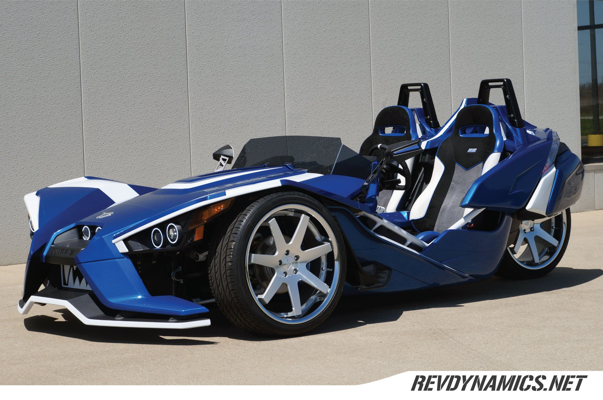 "Ferrada FR1 Slingshot 22"" Wheel and Tire Package - Rev Dynamics"