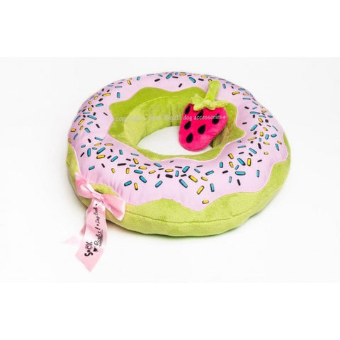 Dolore's Doughnut Dog Bed Macaroon Green w/ strawberry glaze