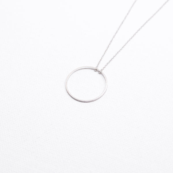 Open circle delicate necklace