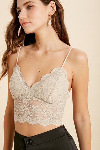 Gigi Scalloped Lace Bralette- Neutrals