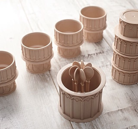 leaning tower cup set