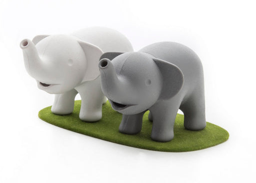 duo elephant salt and pepper set
