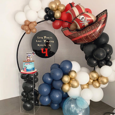 Black Mesh Backdrop and Balloon Package