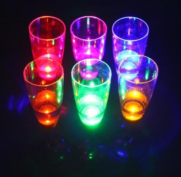 6-Piece Automatic Light-Up LED Champagne Glasses - Power Up Your Parties Instantly!