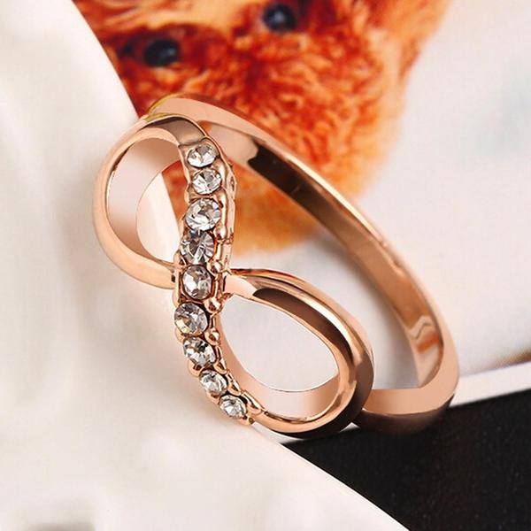 Luxurious Gold Infinity Ring