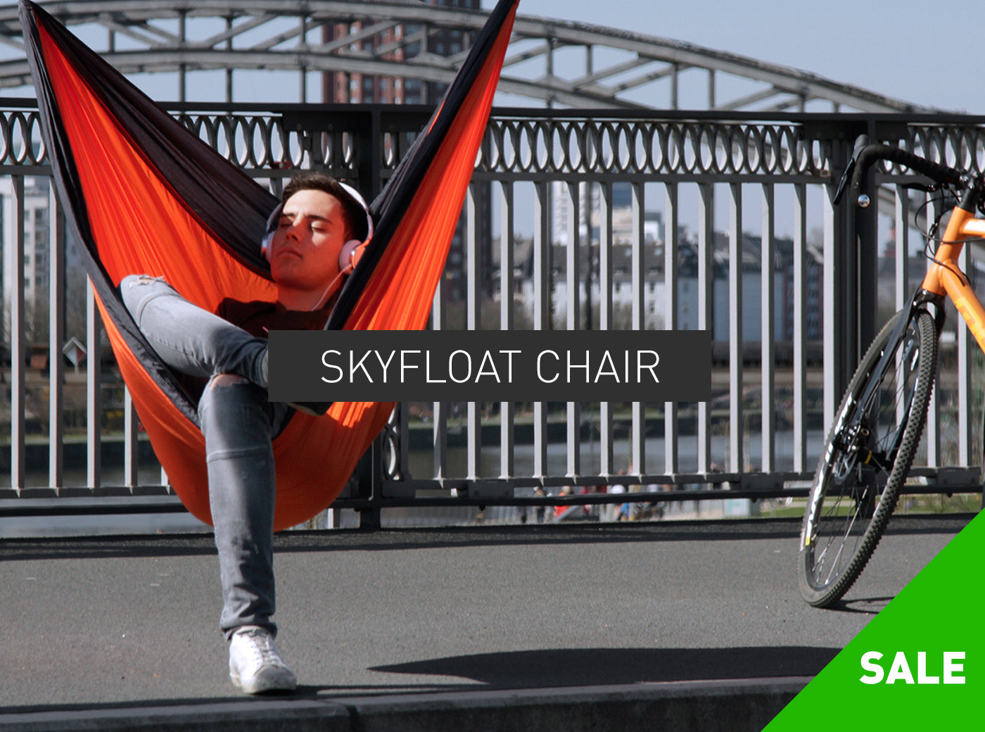 THE SKYFLOAT CHAIR – RIDE & RELAX
