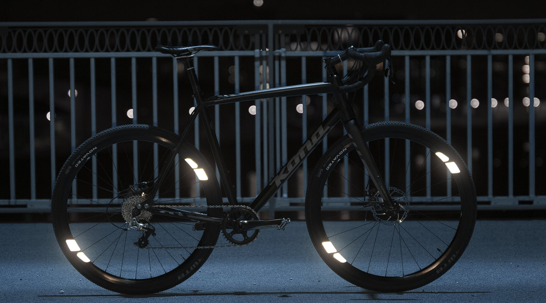 Flectr 360 OMNI bicycle reflectors - a reflective bike with high visibility and style