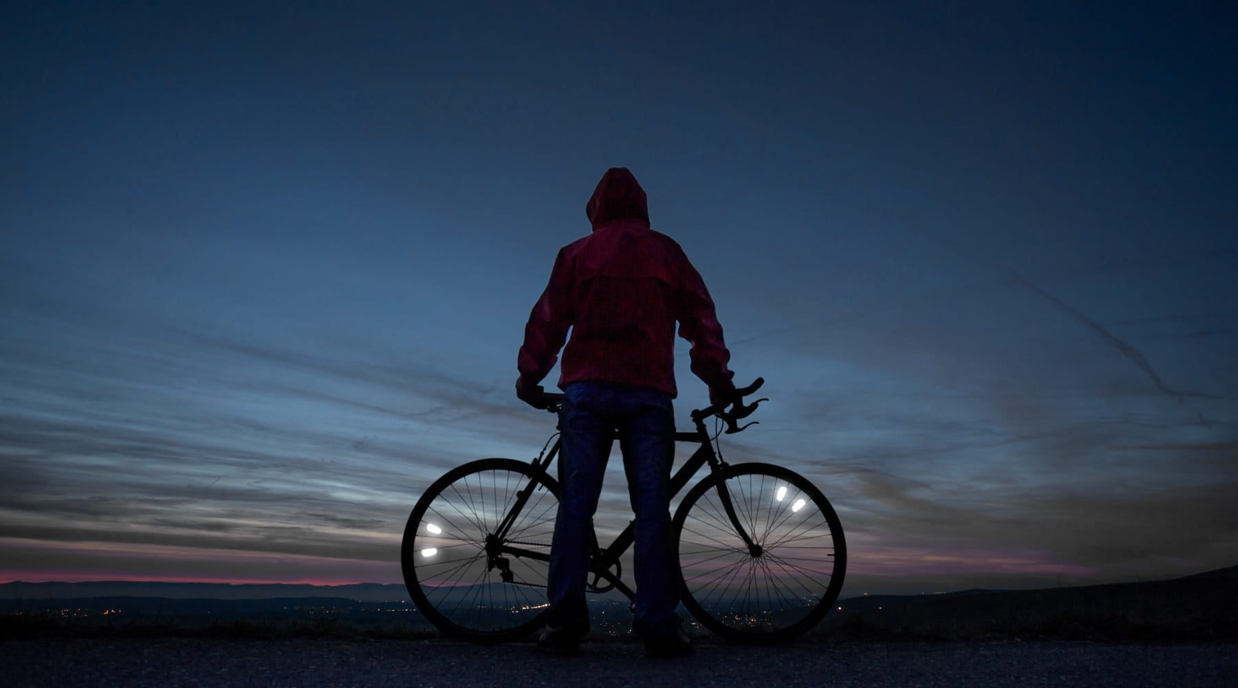 flectr zero cycling in the dark desert of california