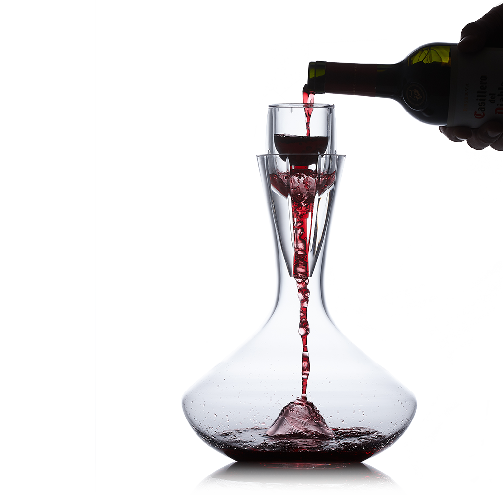Vintorio Omni Wine Aerator with the Vintorio Citadel Crystal Decanter