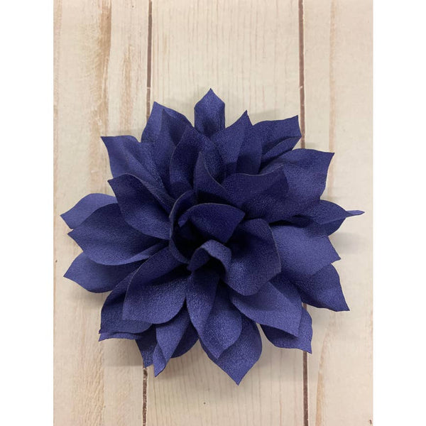 Rachel's Ribbons Large Lily Flower Clip