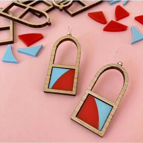 Arch Frame Earrings