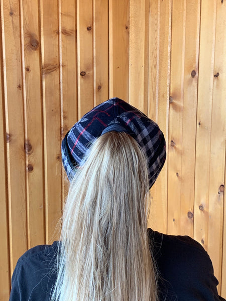 Navy Plaid/Red Stripe (P-O)