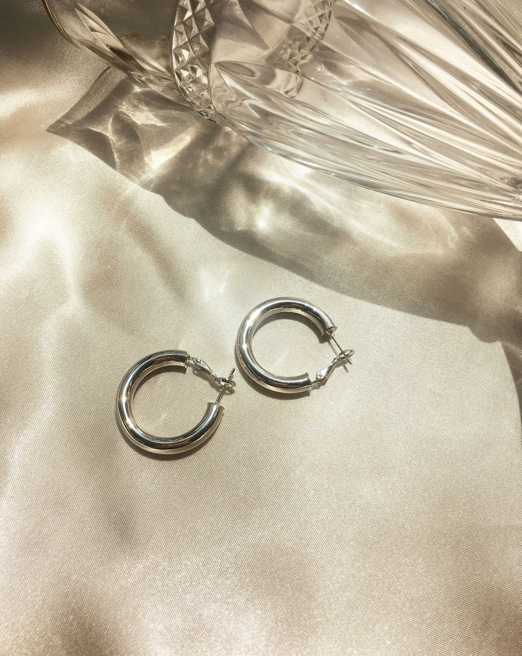 28mm silver hollow tubular hoop earrings in small - TheHexad Jewelry