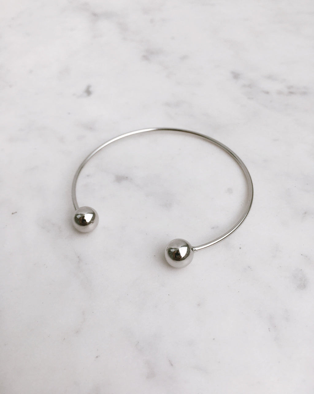 925 Sterling Silver Chic Bangle with Metal Spheres on each end - The Hexad Jewelry