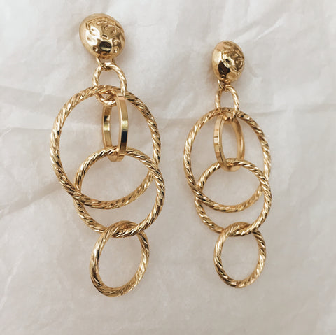A fun dangling earring made of interlocking chained hoops - The Hexad