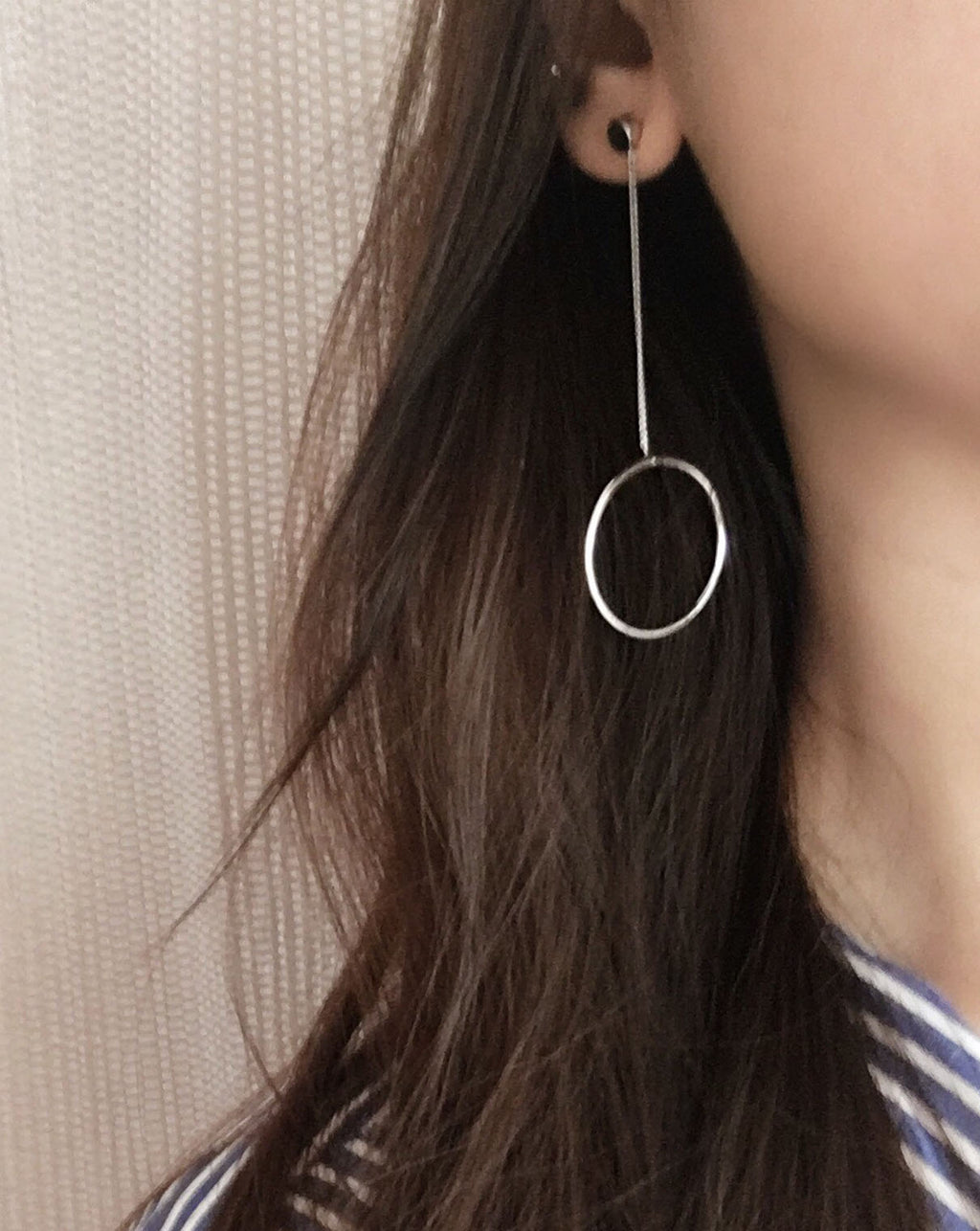 Asymmetrical Silver Chain and Circle Drop Earring - The Hexad Jewelry