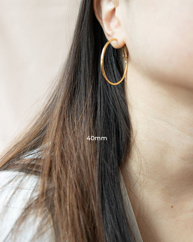 Basic 40mm Saki hoop earrings in Gold - The Hexad Jewelry