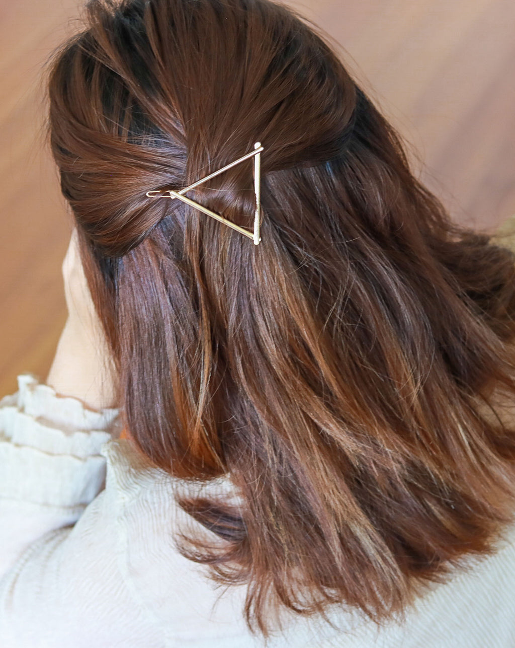 CLASSIC TRIANGLE Hair Clip in Gold - THE HEXAD