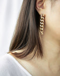 chain link earrings in dramatic drop style @Thehexad