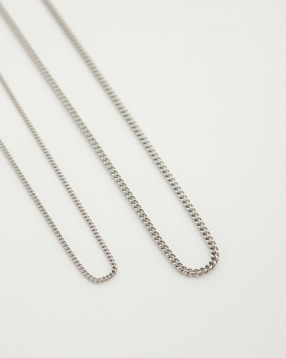 Classic chain necklace design in silver plated stainless steel - The Hexad
