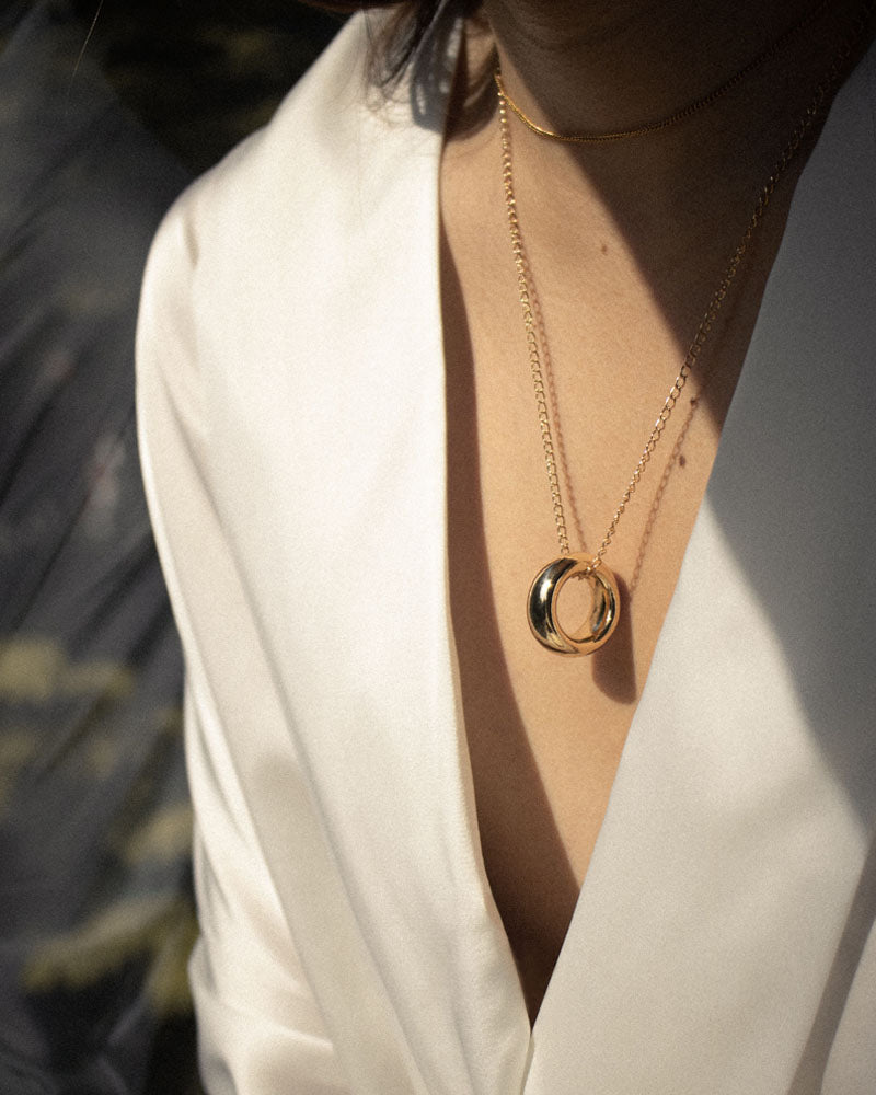 Classic ring pendant necklace for low cut blouse - The Hexad
