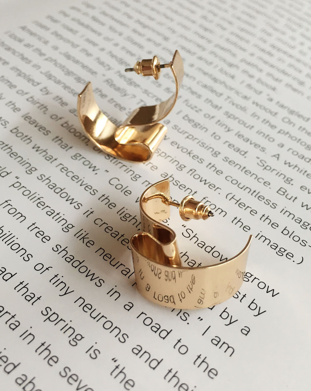 Contortionist Ear Studs in Gold - The Hexad