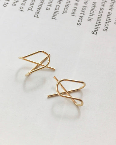 Cross Ear Cuff in Gold - The Hexad