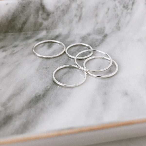 DIEM Classic Thin Multi Rings in Silver