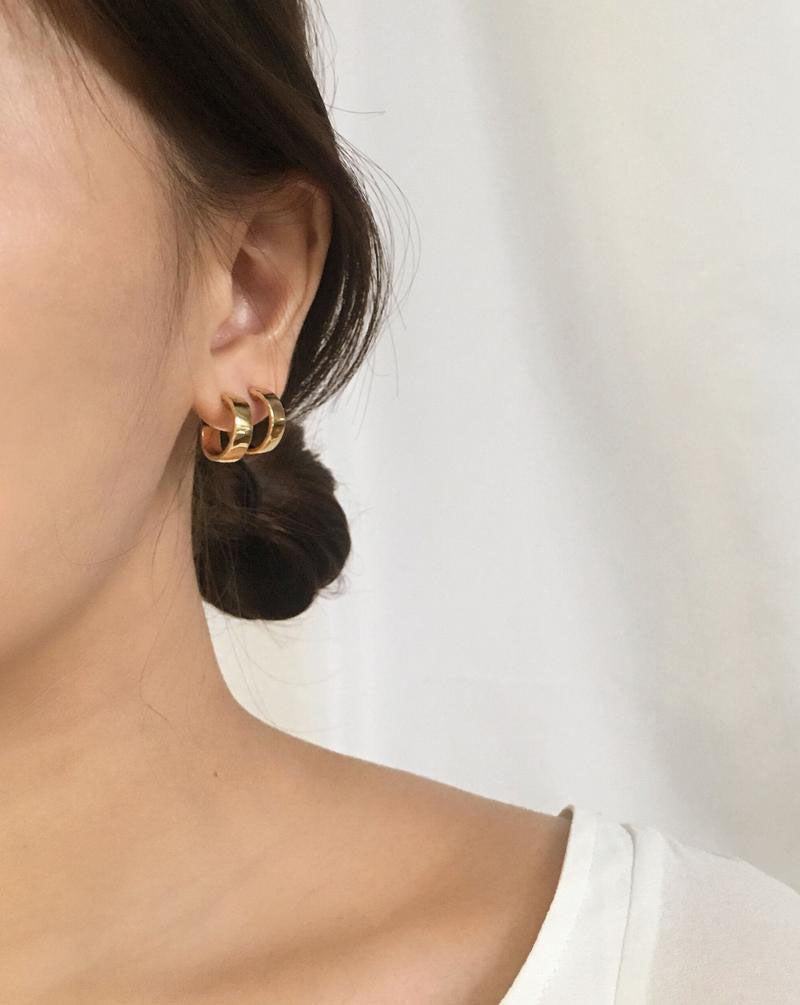 Double stacking the Juju hoops in Medium size - The Hexad Earrings