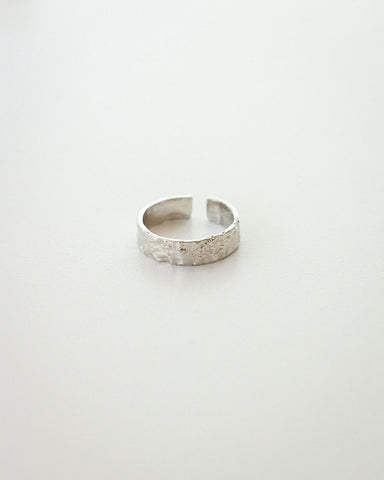 Geology ring inspired by the earth's surface texture - The Hexad Jewelry