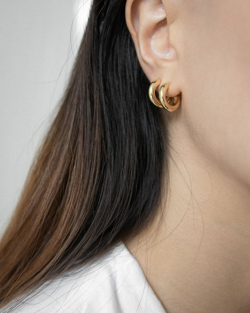 Gold-plated thick hoop earrings for everyday wear - The Hexad Jewelry