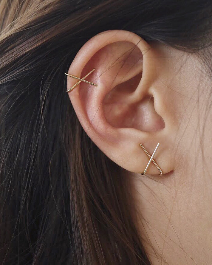 Gold Cross Ear Cuff worn on the earlobe and Helix - The hexad