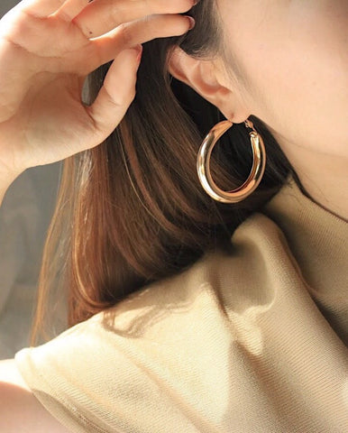 HARU Tube Hoops in Gold - The Hexad Jewelry