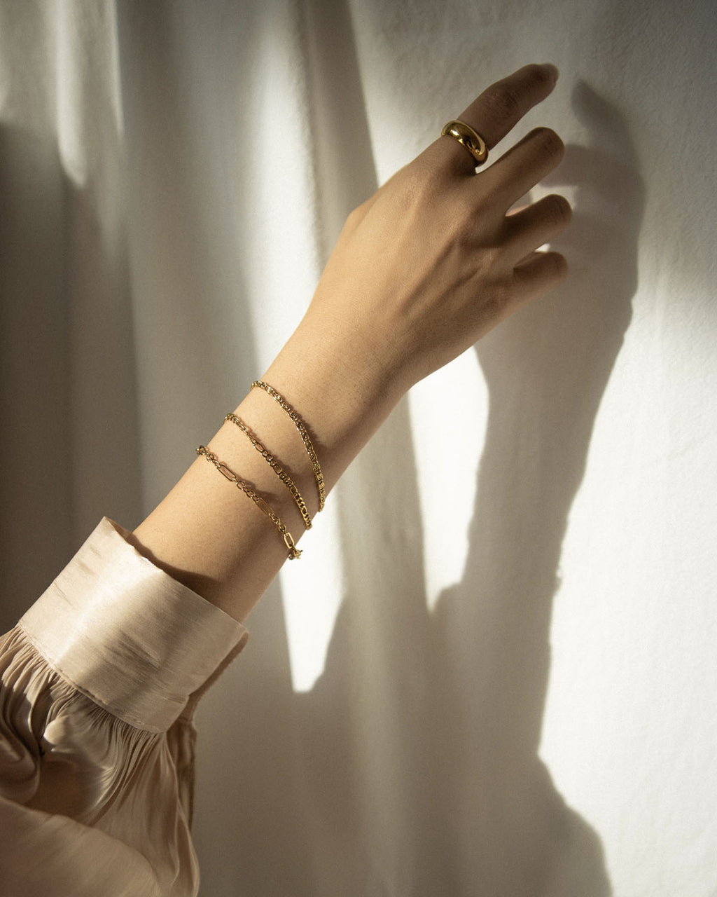 How to wear the multiple bracelets trend by @thehexad