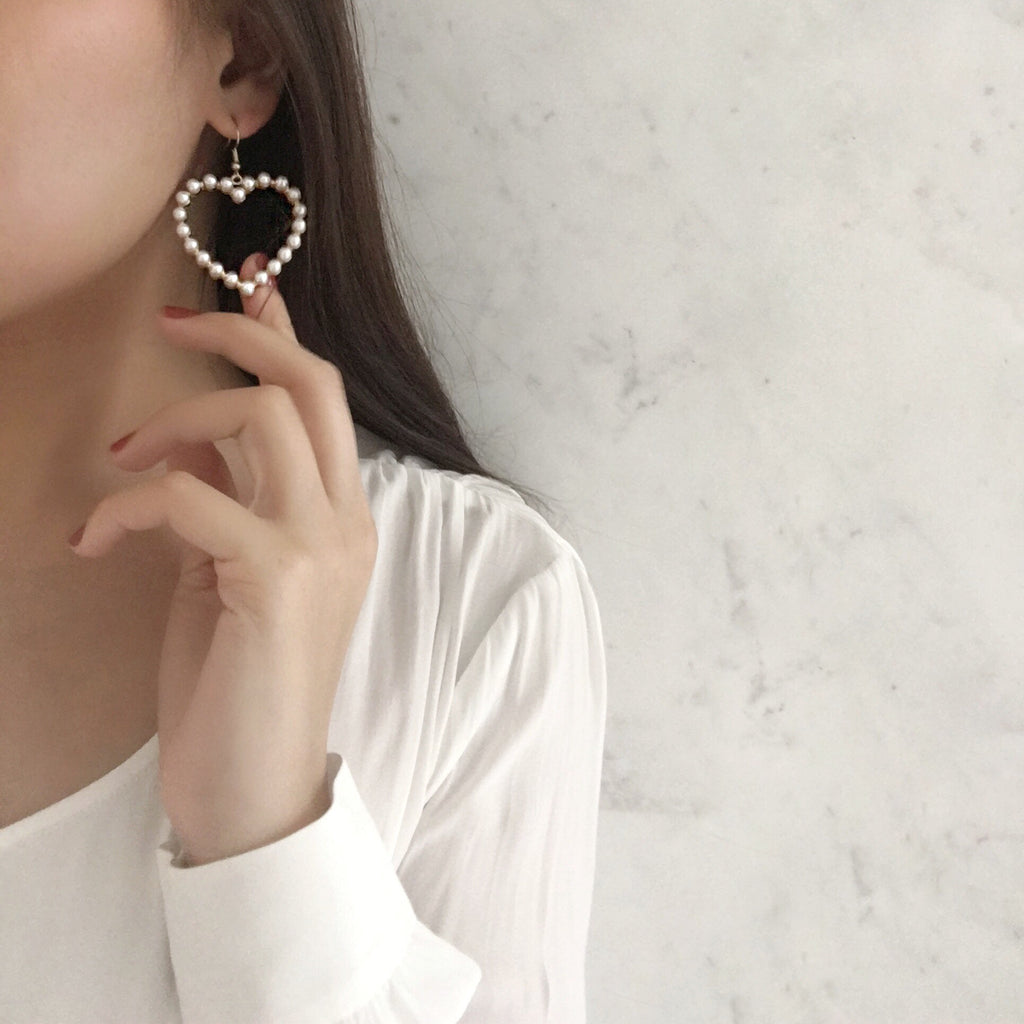 Bring out your inner romantic with this pair of vintage inspired heart shape earrings - The Hexad Jewelry