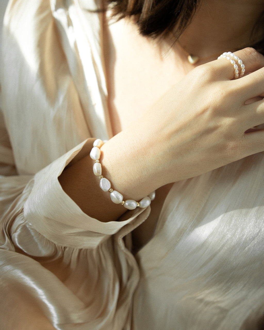 LILLY Pearl Bracelet by TheHexad Jewellery